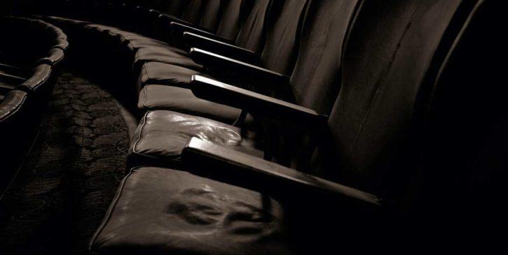 Sesso con sconosciuti al cinema - Racconto erotico