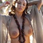 Amazzone in pose erotiche - 07