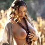 Amazzone in pose erotiche - 10